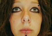 piercing_skinetik_labret_double_05